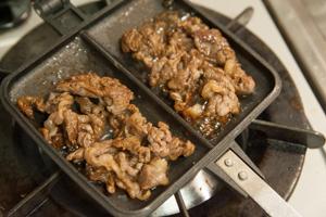 牛肉と豆腐のすき焼き風ホットサンド-03