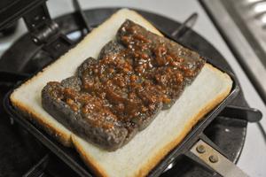 こんにゃくの味噌田楽サンド